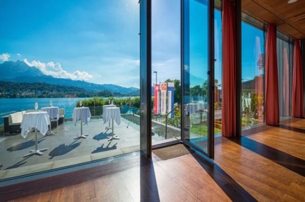 Marrymag Intime Berghochzeit In Den Schweizer Alpen